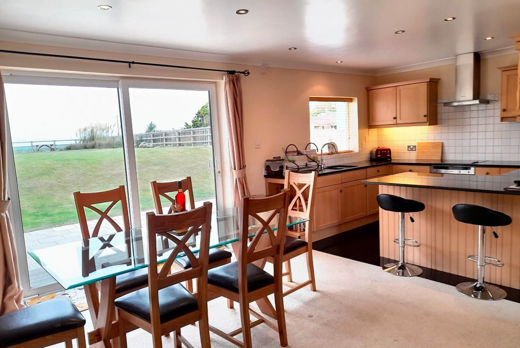Seaside Bungalow Brean Kitchen